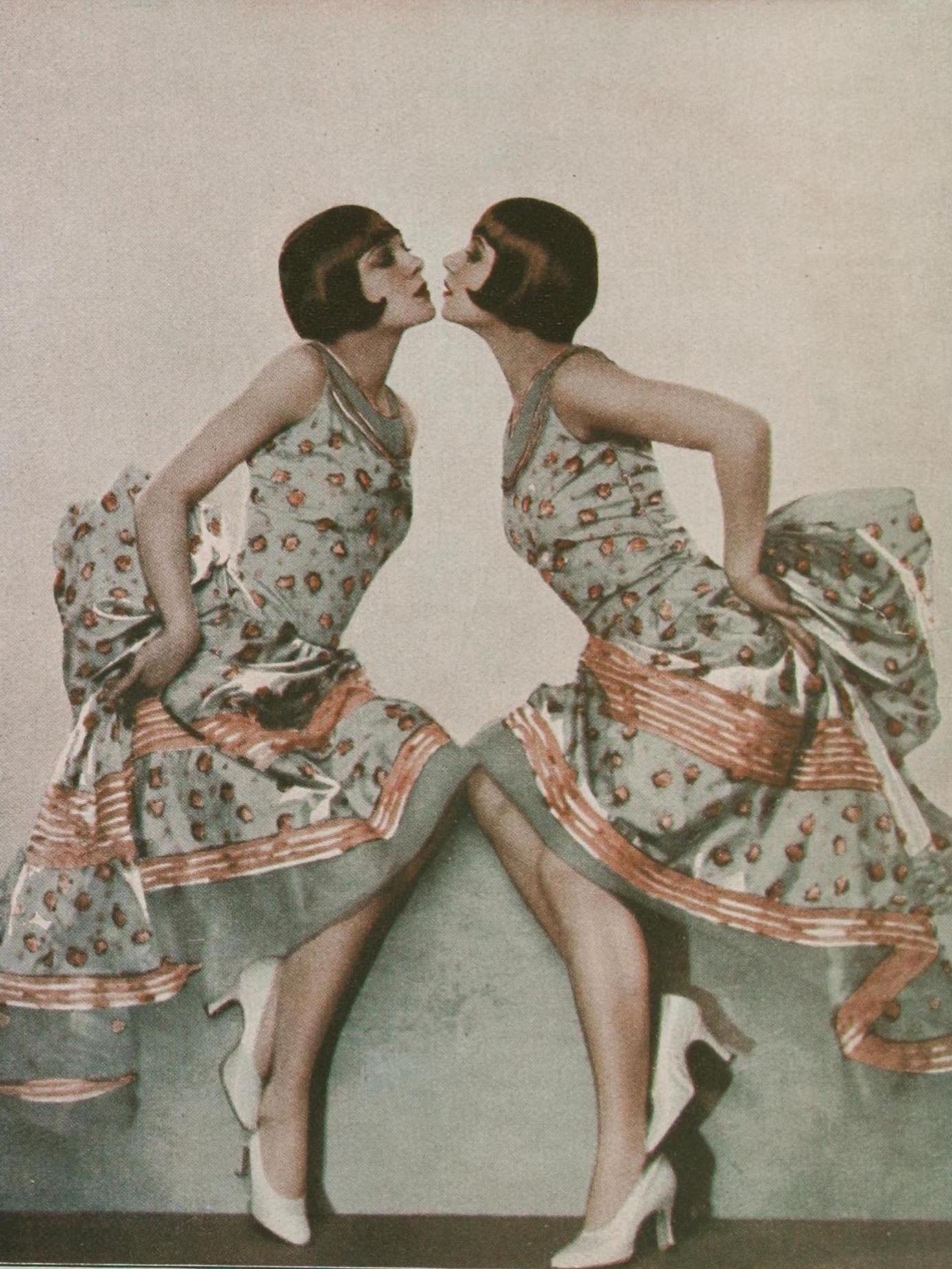 Sisters G 9
